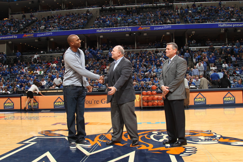 Bill Emendorfer and Tom Bowen Honoring Penny Hardaway for his upcoming Induction into the Tennessee Sports Hall of Fame.