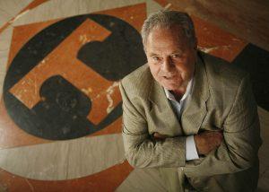 Manning, Gus (2006 )